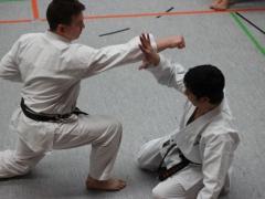 K2012_T. Naka demonstriert Unsu mit R. Lazarevic